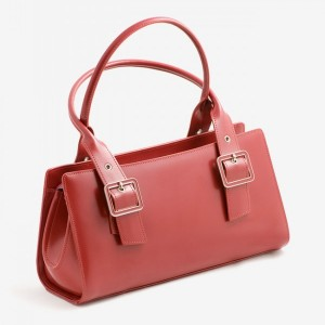 photodune-3576800-red-ladies-handbag-m-600x720